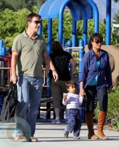 Chris Noth with girlfriend Tara and son Orion