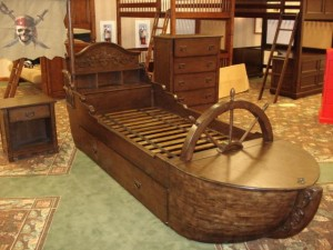 """Photo of """"Pirates of the Caribbean"""" Twin Trundle Bed"""