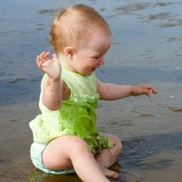 Cloth Swim Diapers: 8 Options for Your Little Fish!