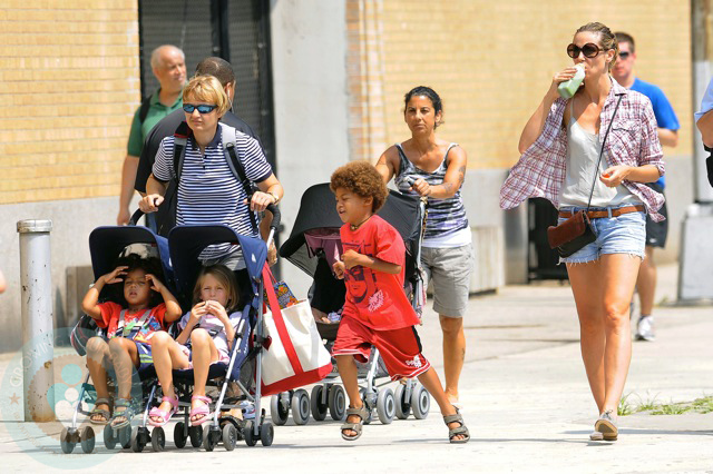 Heidi Klum with her kids Leni, Henry, Johan and Lou