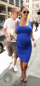 An expectant Danielle Lloyd with boyfriend Jamie O'Hara
