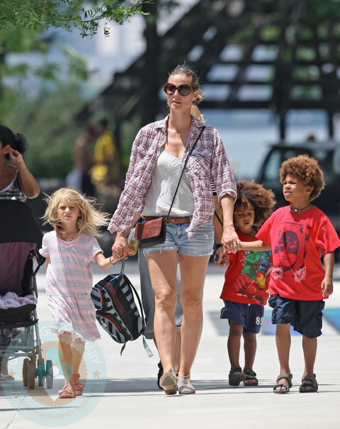heidi klum kids names. While at the park, the kids