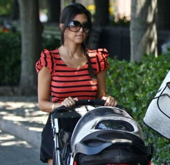 Kourtney and Mason Stroll in NYC!