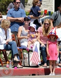 Jennifer Garner with daughters Seraphina and Violet