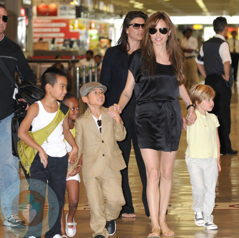 Angelina Jolie with Maddox, Zahara, Pax and Shiloh
