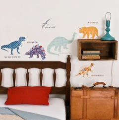 Mae Creates Delightful, Reusable Fabric Wall Stickers!