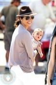 Camilia Alves with daughter Vida