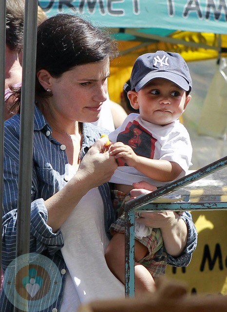 idina menzel son 2017 - photo #10