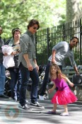 Tom Cruise with Suri, Isabella and Connor