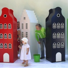 Kast van een Huis ~  Huge House Furniture For Little Ones!
