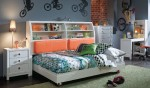 Nickelodeon Rooms Platform bed