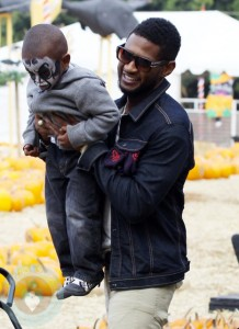 Usher with his son Usher Raymond V