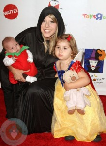 Jodie Sweetin with daughters Zoie and 8 week-old Beatrix
