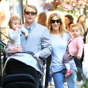 Matthew Broderick with daughter Tabitha, SJP with daughter Marion