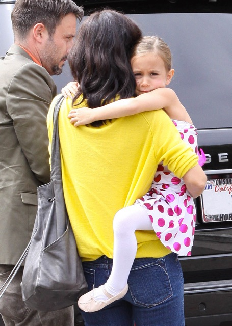 Coco Arquette On The Set Of Cougar Town With Her Parents
