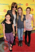 Lisa Rinna with daughters