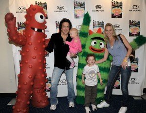 Paul Stanley and daughter Sarah Stanley and son Evan Stanley with wife Erin Stanley