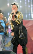 Pink performing @ American Music Awards