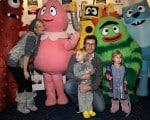 Tori Spelling & husband Dean McDermott with kids Liam and Stella