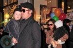 Angelina Jolie & Brad Pitt with twins Knox & Vivienne