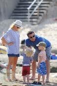 Liev Schreiber & Naomi Watts with sons Sasha(r) and Sammy(l)