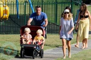 Liev Schreiber & Naomi Watts with sons Sasha(l) and Sammy(r)