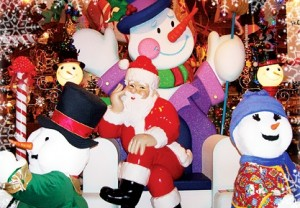 Bronner's CHRISTmas Wonderland - Frankenmuth, MI - Shopping Mall