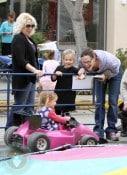Jennifer Garner & Daughters Seraphina & Violet