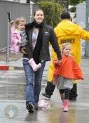 Jennifer Garner with daughters Violet & Seraphina