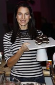 Jessica Seinfeld makes Whoopie Pies
