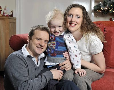 John And Vicky Inglis With Son Jamie Growing Your Baby