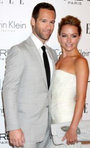 becki newton & Chris Diamantopoulos