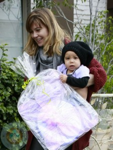 Ellen Pompeo and Chris Ivery with dauhter Stella Luna