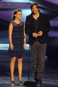 Natalie Portman & Ashton Kutcher onstage during the 2011 People's Choice Awards