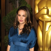 A Stylish Natalie Portman Attends Oscar Luncheon
