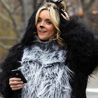 Jane Krakowski Disguises Her Bump In A Dog Costume!