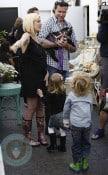 Tori and Dean with kids Liam & Stella