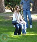 Amy Adams with daughter Aviana LeGallo at the park