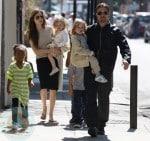 Brad Pit and Angelina Jolie with Knox, Vivienne and Zahara