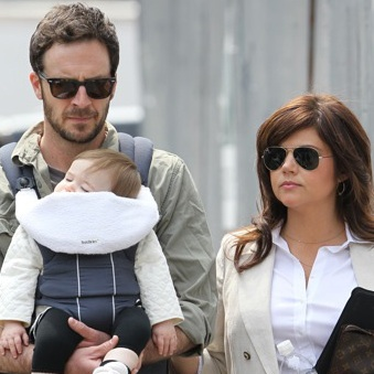 Tiffani Thiessen Gets An On-Set Visit!