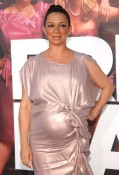 A Pregnant Maya Rudolph at the Premiere of Bridesmaids 2