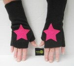 Babypop Designs - Kids Fingerless Superhero Star Gloves cuff
