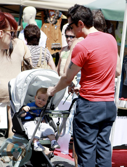 Johnny Knoxville With Son Rocco Growing Your Baby