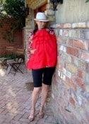 LaDa LaDuke- feeder front red sig pocket standing wall good