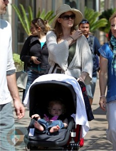 Amy Adams with daughter Aviana