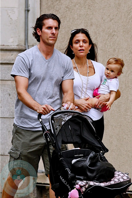 bethenny frankel bryn 2011. Bethenny Frankel with husband