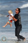 Gavin Rossdale with son Zuma at the Beach