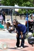 Jennifer Garner and Seraphina At The Park