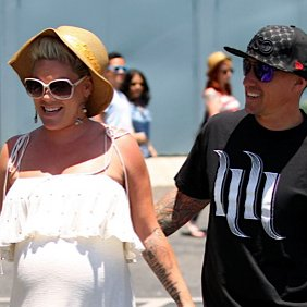 Pink and Carey Hart Welcome a Baby Girl!