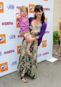 Constance Zimmer with daughter coco